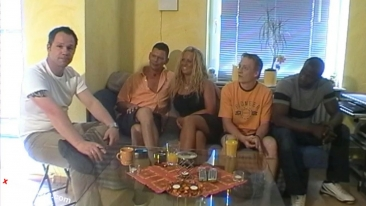 Cora´s privater Gangbang inkl. BBC - 62 Min.